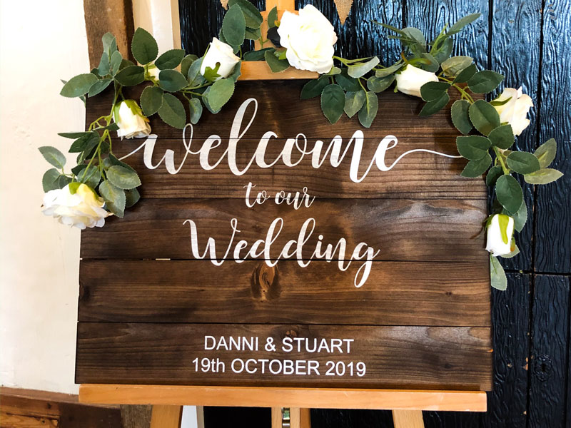 This was an ideal, cost autumn wedding.